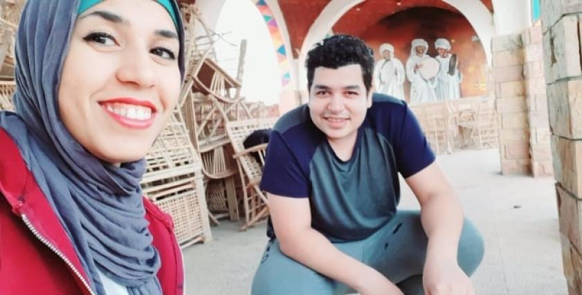 مها جميل وخطيبها علي عبدالفتاح