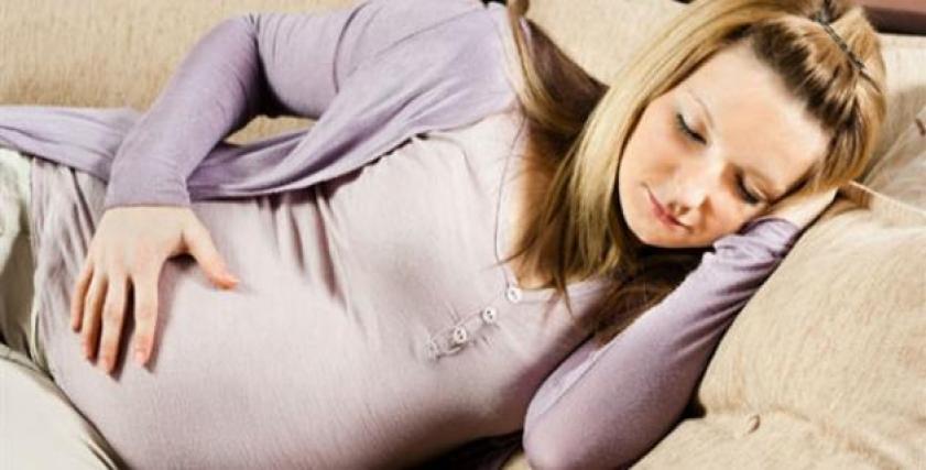 دراسة: استيقاظ المرأة مبكرًا يزيد من فرص الحمل