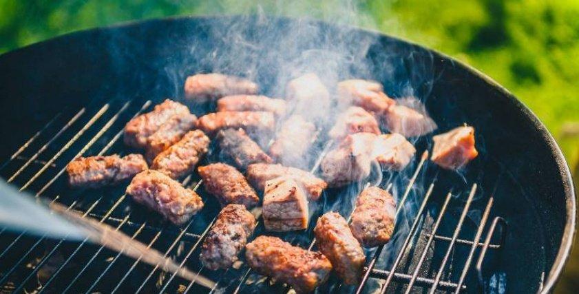 شواء لحم