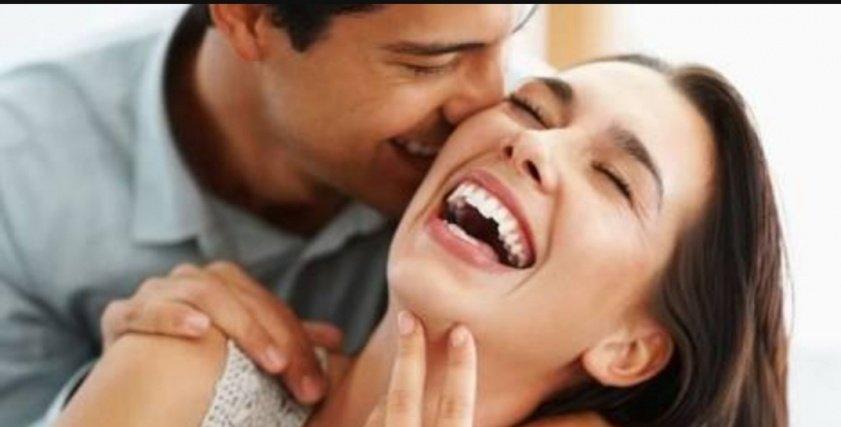 هن ما حكم تقبيل الزوجة في نهار رمضان