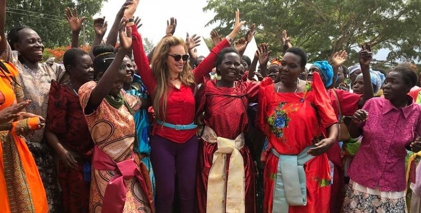 رشا قلج وسط الأفريقيات