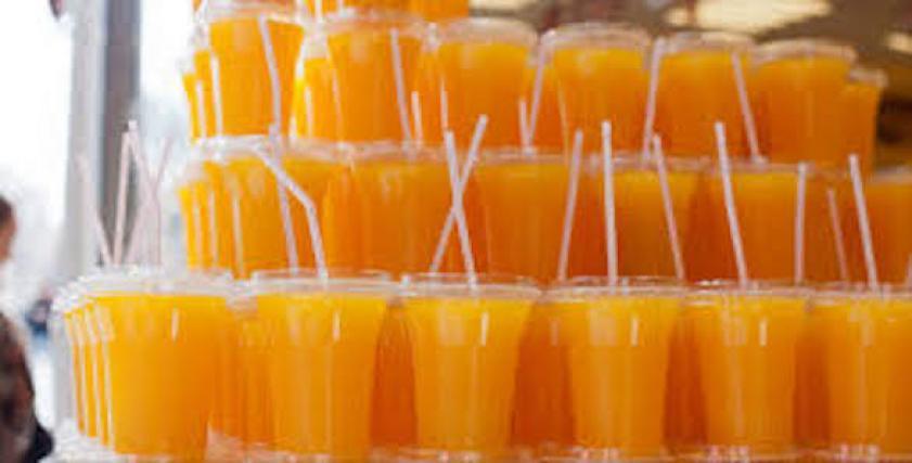 .5 اضرار صحية لشرب العصير باستخدام مصاصات بلاستيكية
