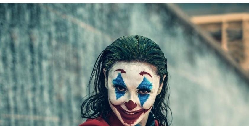 الفنانة ميس حمدان في أحدث جلسة تصوير بأزياء الجوكر