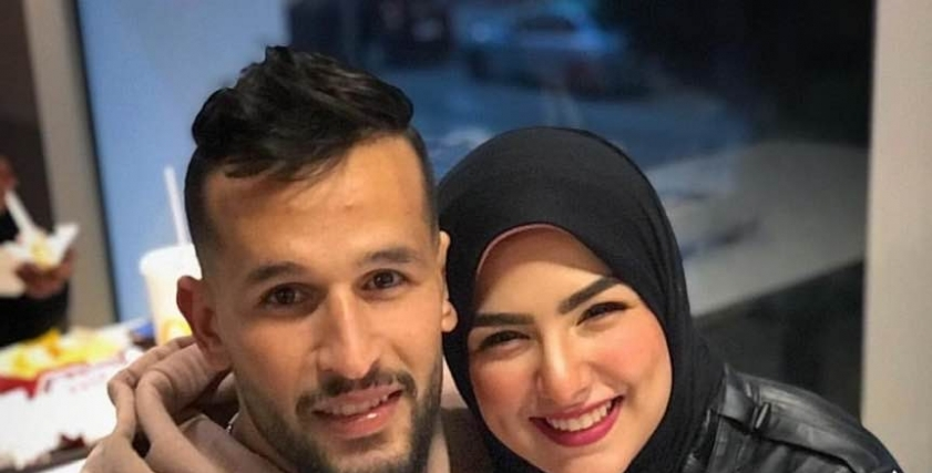 محمود حمد وزوجته