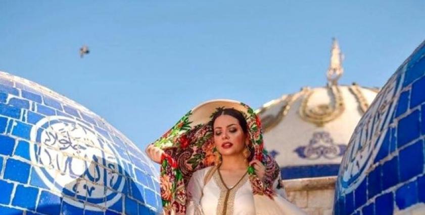 خبيرة التجميل والعارضة العراقية جيهان هاشم