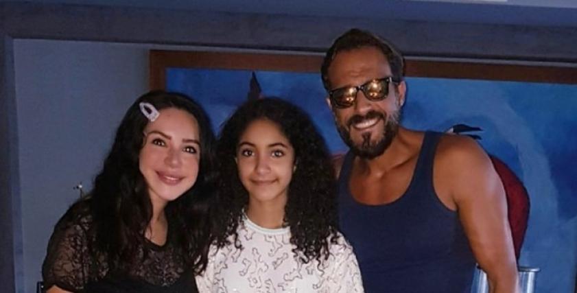 يوسف الشريف ينشر صورة ابنته الكبرى للمرة الأولى