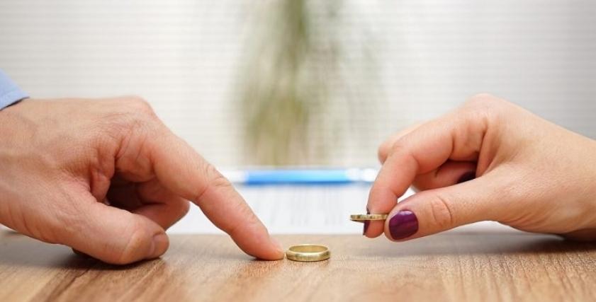 الطلاق بسبب مرض مزمن