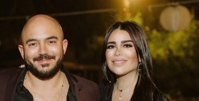 الفنان محمود العسيلي وزوجته