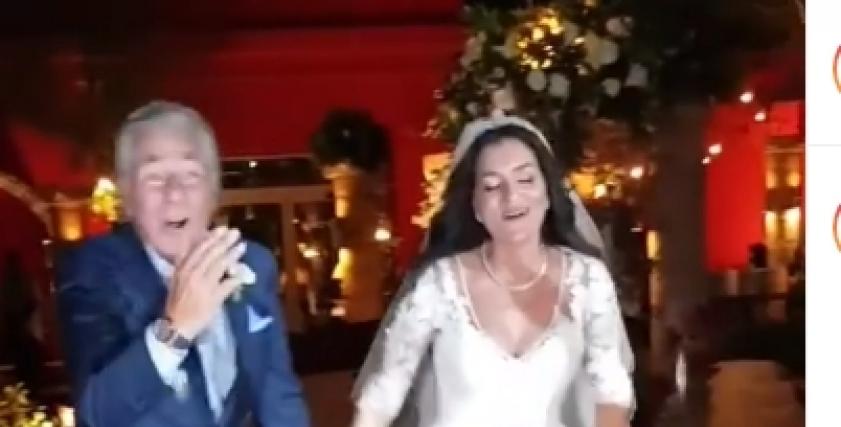 مصطفى فهمي يشارك ابنته بوصلة رقص