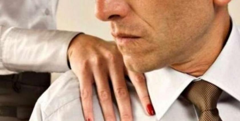 مديرة بنك متهمة بالاعتداء الجنسى على 200 رجل