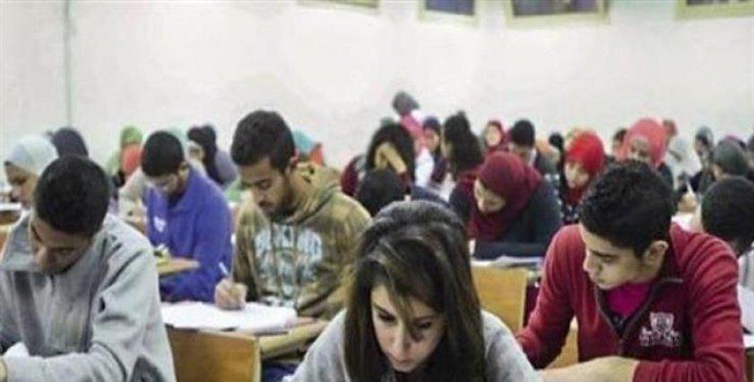 ثورة أمهات مصر: الطلاب يصوتون على الإجابة عبر تطبيق