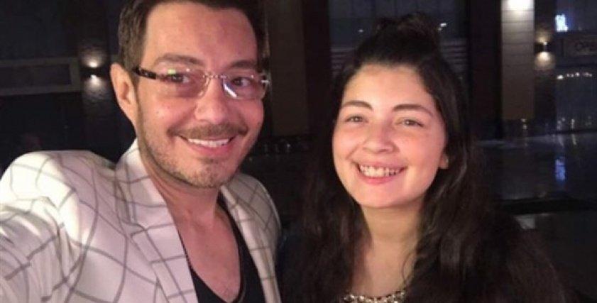 أحمد زاهر ينشر صورته مع ابنته