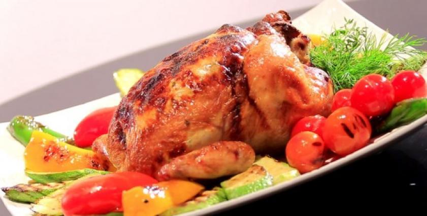 دجاج بحشو الجبنة الريكوتا والخضار