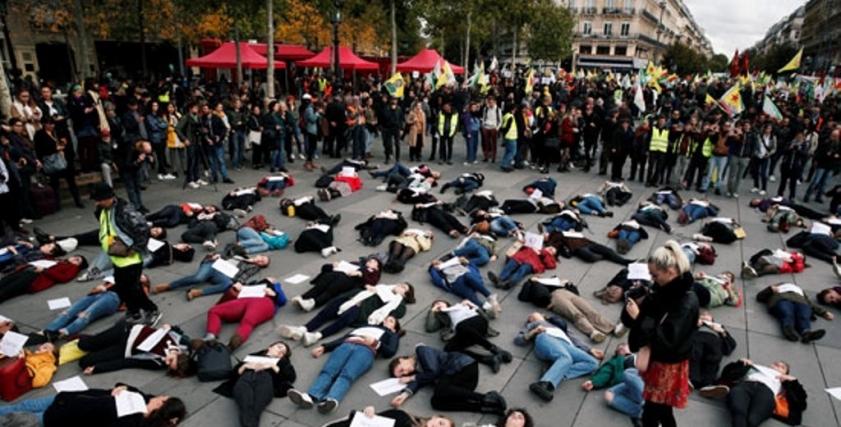 احتجاجات لوقف العنف ضد النساء بفرنسا
