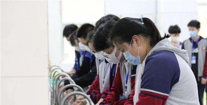 وزارة التربية الصينية تمنع توجيه عقوبات مهينة للطلاب في المدارس
