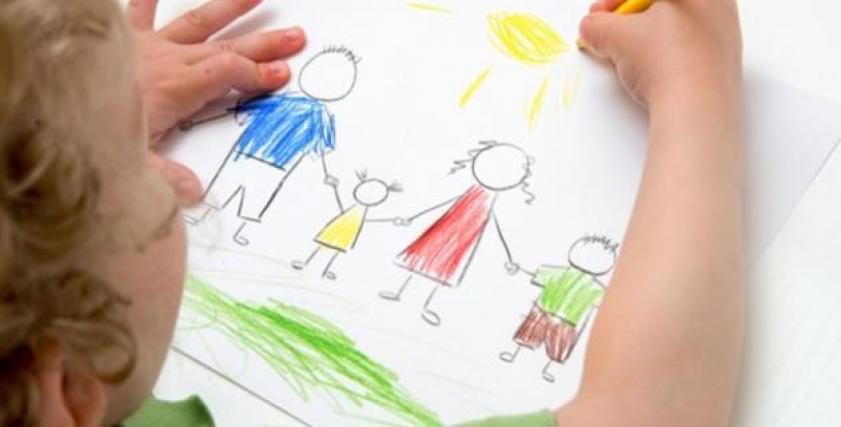 خطوات تساعد على تعليم الأطفال الرسم