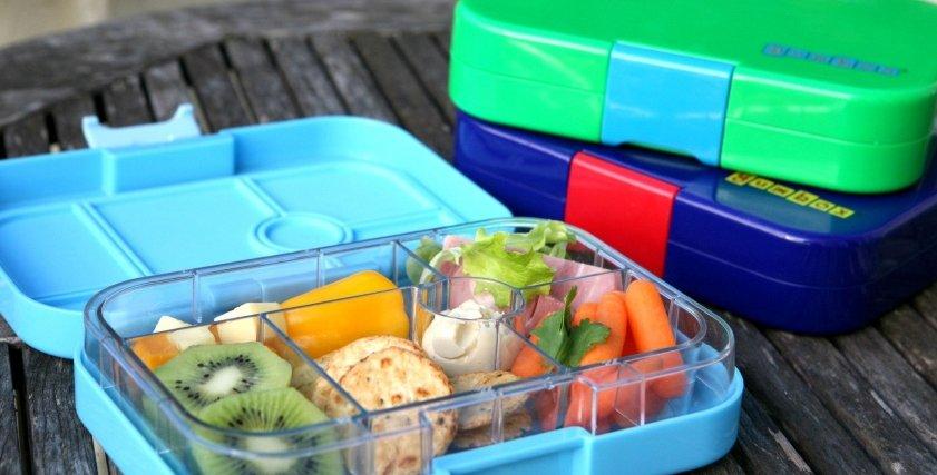 استشاري تغذية توضح الأطعمة الصحية داخل اللانش بوكس