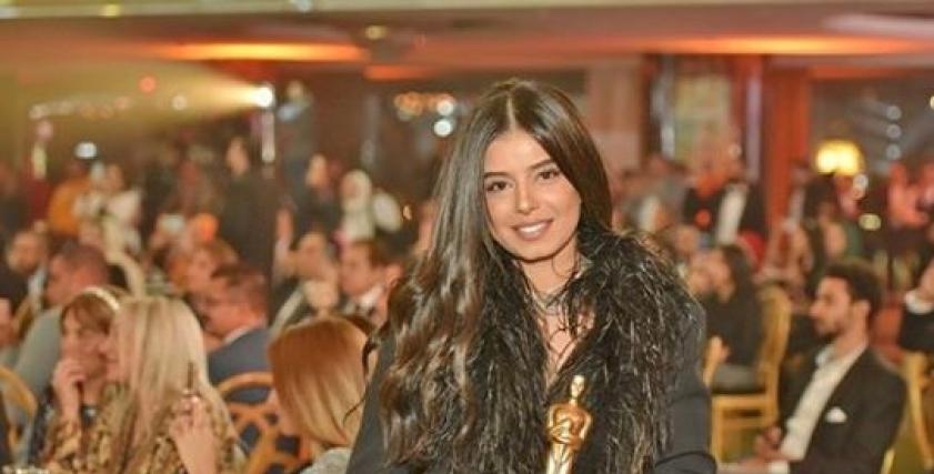 مريم عامر منيب
