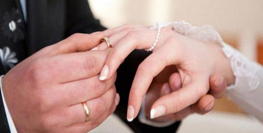زواج المرأة أكثر من رجل