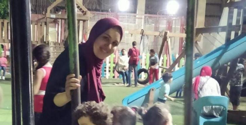 دينا وأطفالها التوائم