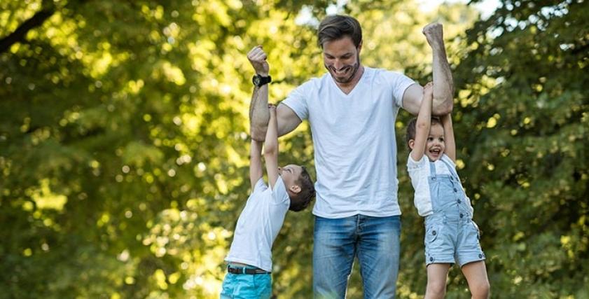 تعامل الآباء حسب البرج الفلكي