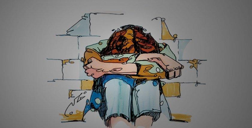 سجينات في البيت.. حكايات مؤلمة عن عنف الأسر المصرية ضد بناتها