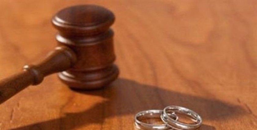 زينب ترفع دعوى طلاق بعد 40 سنة زواج