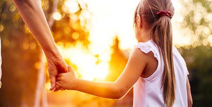 فوائد تعريض الطفل للأشعة الشمس