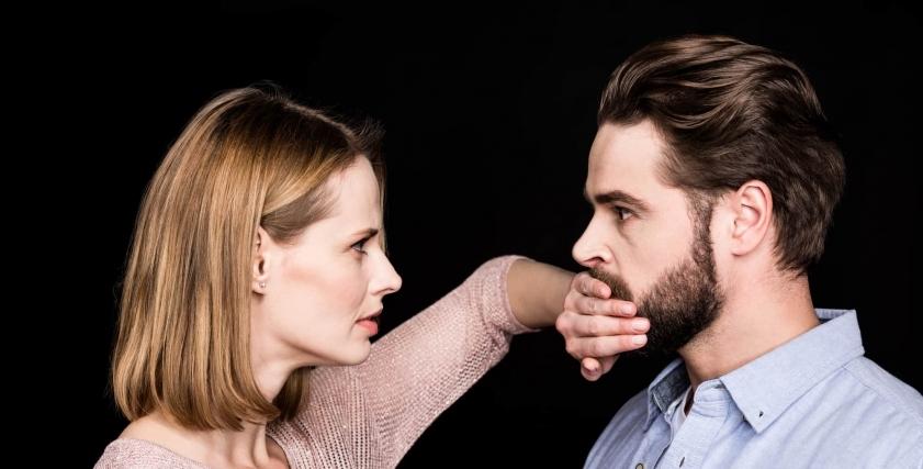 من الشخص التي قد تمل منه المراة حتى وإن كانت تحبه؟