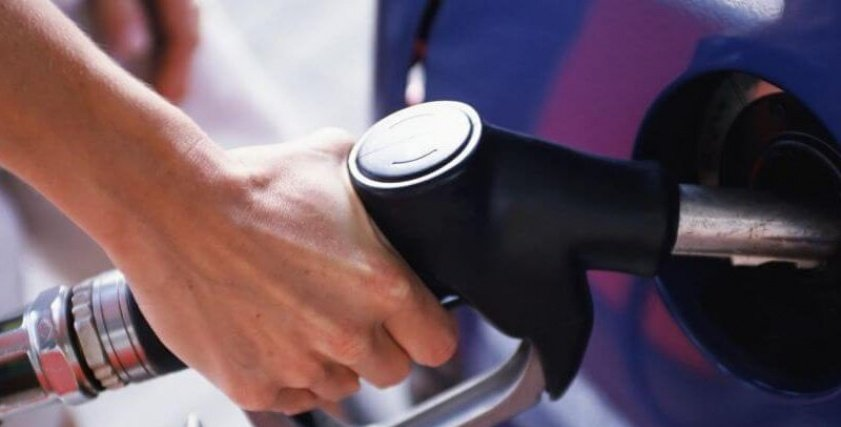 نصائح لتوفير استخدام البنزين في عربيتك