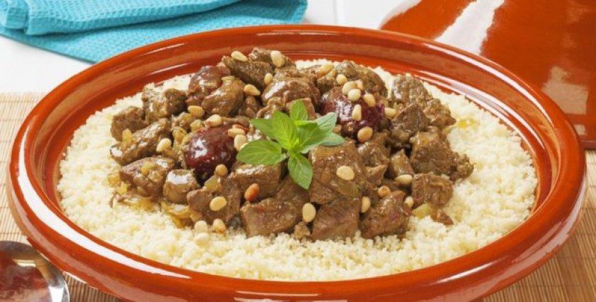 طريقة عمل طاجن اللحم بالعيش المغربي