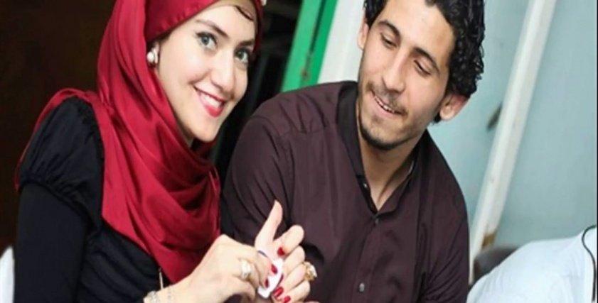 هن أحمد حجازي يؤدي مناسك العمرة بصحبة زوجته ووالدته
