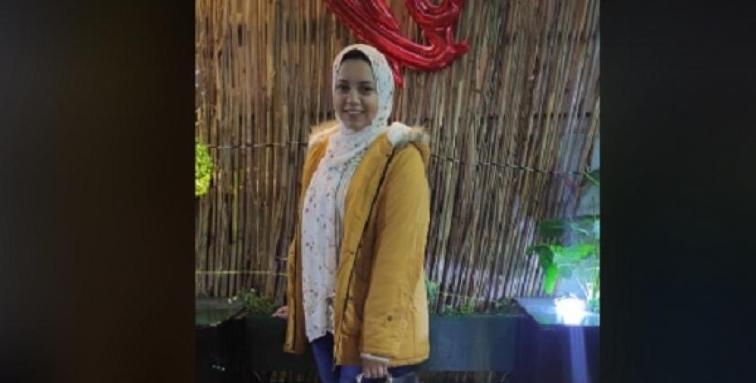 شروق أنور.. طالبة بكلية الطب ومصممة متخصصة في الخط العربي