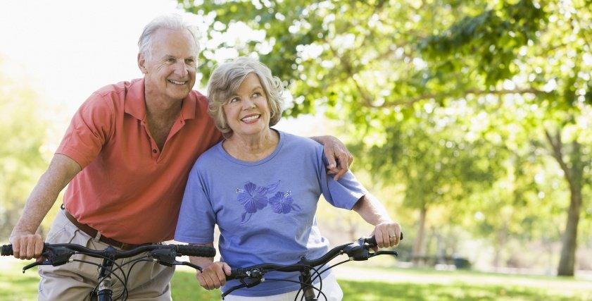 أطعمة مناسبة لكبار السن لتحسين الصحة الذهنية والصحية