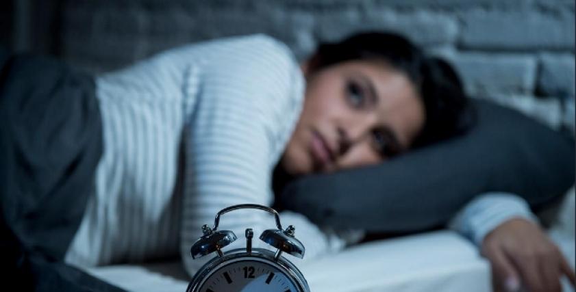 انخفاض ساعات النوم