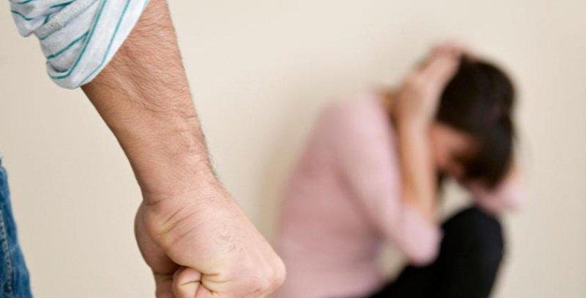 تمنع المرأة عن زوجها