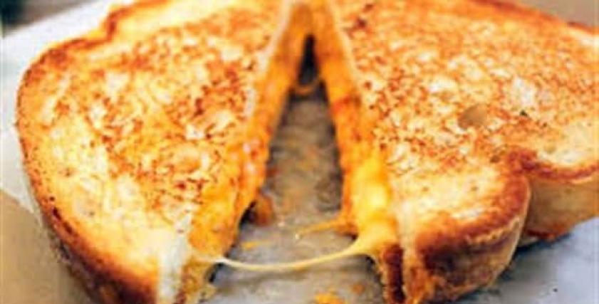 الجبن الرومي في الفرن