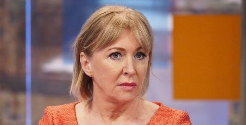 بدأت كممرضة متدربة.. من هي وزيرة الصحة البريطانية المصابة بـ كورونا؟
