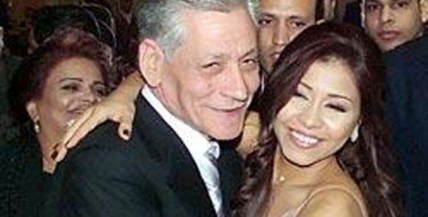 شيرين عبدالوهاب ووالدها