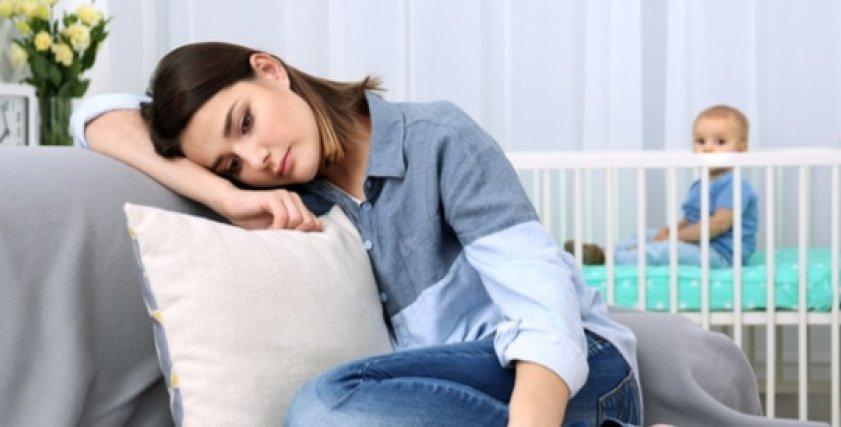 أسباب اكتئاب ما بعد الولادة