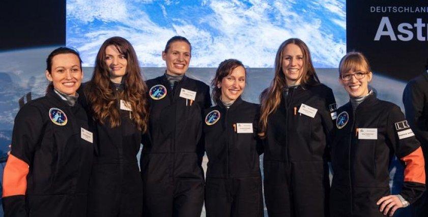 رائدات الفضاء