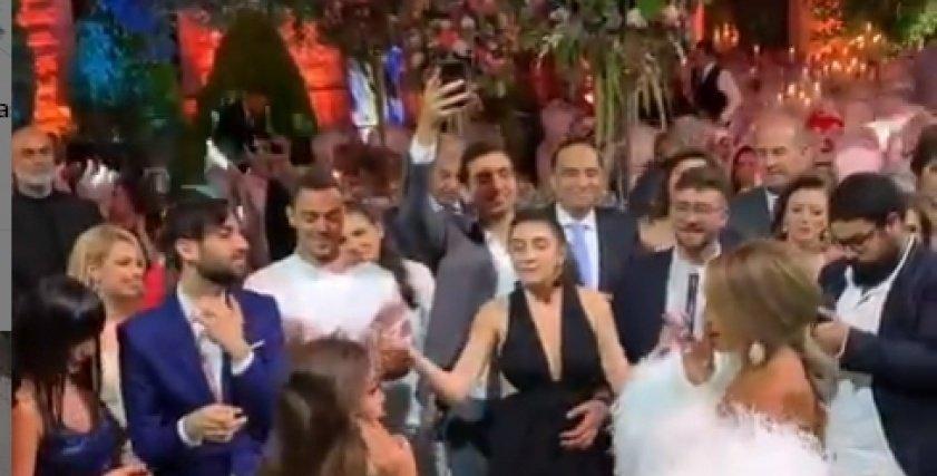 بالفيديو| وصلة رقص بين جوهرة ومايا دياب